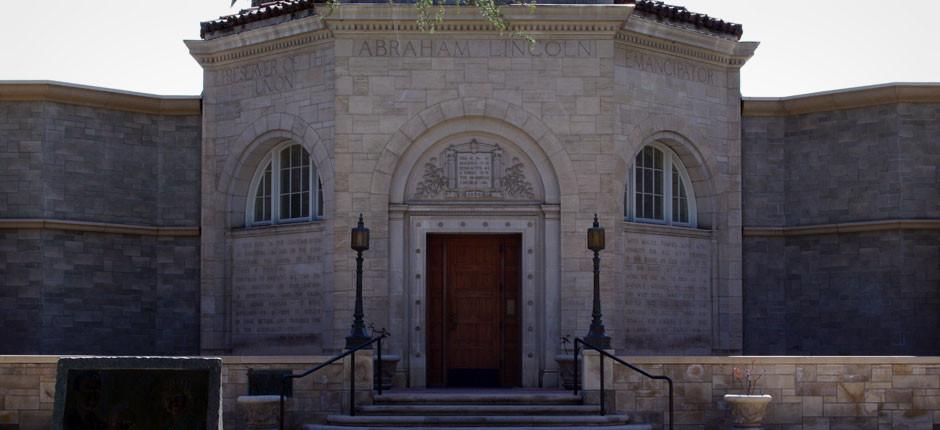 Lincoln-Memorial-Shrine-2
