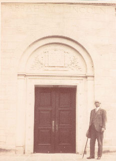 Robert Watchorn in front of the Lincoln Memorial Shrine